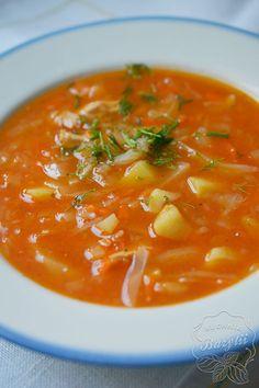 Kapuśniak ze słodkiej kapusty to sycąca zupa, która według mnie najlepiej smakuje na drugi dzień. Z tego przepisu wyjdzie około sześć średnich porcji zupy. Thai Red Curry, Ethnic Recipes, Food, Meals, Yemek, Eten
