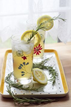 Honey Green Tea and Rosemary Refresher