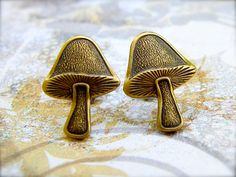Woodsy Mushroom - antique brass post earrings