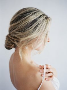 Romantic chignon: http://www.stylemepretty.com/2015/06/15/soft-romantic-boudoir-session-inspiration/ | Photography: Lucy Cuneo - http://www.lucycuneophotography.com/
