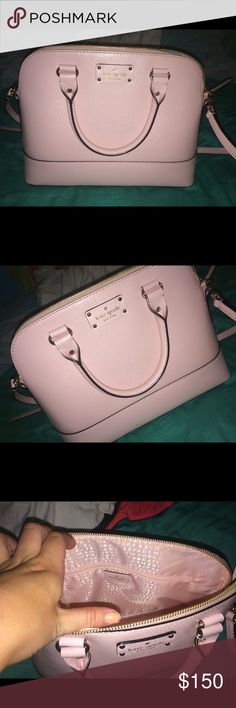 Kate Spade bag Kate Spade bag..purchased last year, used only a few times in great condition! Has a strap that can come off if wanted. kate spade Bags Crossbody Bags
