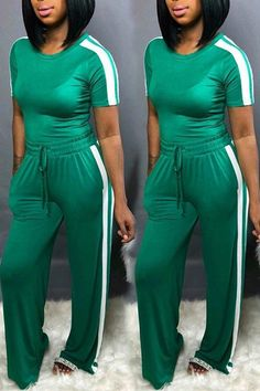 Jumpsuit With Sleeves, Denim Jumpsuit, Black Jumpsuit, Two Piece Pants Set, Two Piece Outfit, Casual Outfits, Cute Outfits, Fashion Outfits, Green Two Piece