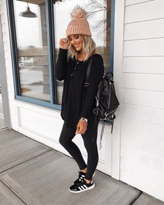 Trendy winter fall fashion outfits, Winter Outfits,Winter is the coldest season Source by fall fashion Mom Outfits, Winter Fashion Outfits, Fall Winter Outfits, Fashion Week, Look Fashion, Autumn Winter Fashion, Casual Outfits, Hiking Outfits, Winter Clothes