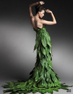 Graceful Greenery Dress in Nature | Mod Retro Vintage Dresses ...