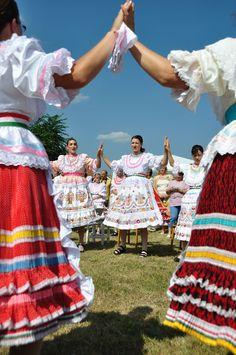 "/ Photo ""Round Dance"" by Csilla Zelko Hungary Folk Costume, Costume Dress, Costumes, I Dream Of Genie, Hungarian Dance, Kinds Of Dance, Plus Size Workout, Shall We Dance, Folk Dance"