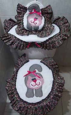 Imagen relacionada - Belezza,animales , salud animal y mas Sewing Projects, Projects To Try, Bathroom Accesories, Diy Storage, Couture, Pattern Making, Burlap Wreath, Handicraft, Diy And Crafts