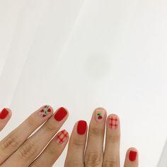 Korean Nail Art, Korean Nails, Kawaii Nail Art, Palm Nails, Cherry Nails, Minimalist Nails, Yellow Nails, Flower Nails, Short Nails