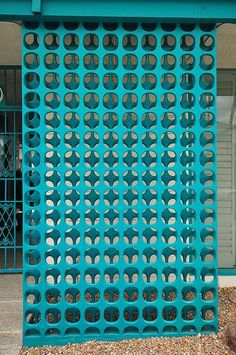 Concrete screen, Palm Springs... love the turquoise