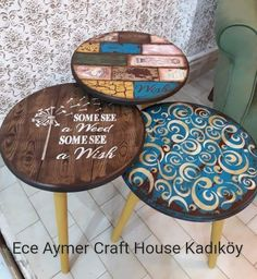 Decoupage Wood, Decoupage Furniture, Funky Furniture, Recycled Furniture, Refurbished Furniture, Paint Furniture, Furniture Makeover, Painted Bar Stools, Painted Chairs