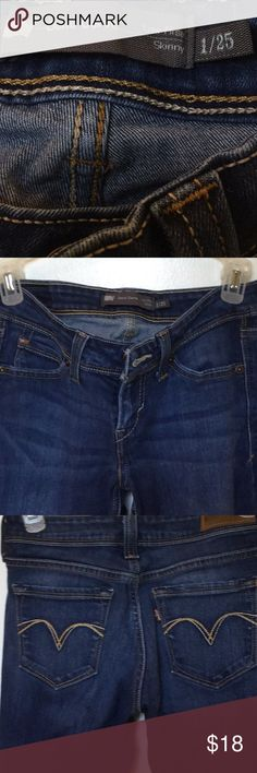 Women's Levi's Jean-Demi Curve Low Rise Skinny1/25 Preowned good condition Demi curve Levi's. Great jeans to wear everyday. Levi's Jeans Skinny