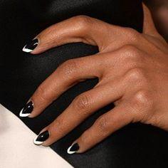 | Khloe Kardashian - Wild Wednesday - Geometric Nails