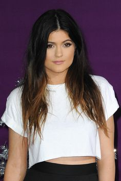 Well Hello, New Kylie Jenner Hair! Want to See the Star's Pretty Cut?