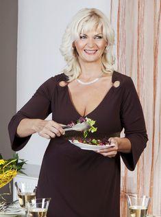Julka a jej premena: Ako som vyhrala boj s obezitou a schudla 62 kg! Health Fitness, Nordic Interior, Style, Attraction, Sport, Gifts, Fashion, Buxus, Swag