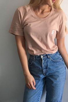 Signature E Nude T-shirt   EA$Y® MONEY CLOTHING