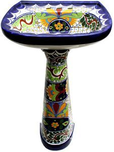 This unique bath sink is made of sink bowl and a pedestal. Both pedestal and the sink are decorated with the same pattern. Mexican Ceramics, Talavera Pottery, Pedestal Sink, Mexican Style, Small Bathroom, Bathroom Sinks, Gray Bathrooms, Beige Bathroom, Large Bathrooms