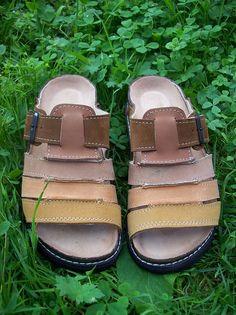 ručně šité pantofle Sandals, Shoes, Design, Fashion, Moda, Shoes Sandals, Zapatos, Shoes Outlet, Fashion Styles