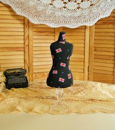 England  Dress Form Mannequin pincushion / Necklace by lin168
