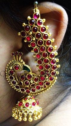 indian gold jewellery, diamond jewellery, temple jewellery, antique jewellery, ruby and emerald jewellery collection India Jewelry, Temple Jewellery, Ethnic Jewelry, Antique Jewelry, Gold Jewelry, Jewelery, Gold Necklaces, Traditional Indian Jewellery, Traditional Earrings