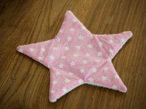 Knisterstern rosa, mit weißen Sternen