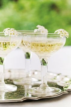 Got the night before wedding jitters? Discover the 21 things to do the night before your wedding and you'll give a good foundation for the big day itself! Night Before Wedding, Champagne Fountain, Wedding Jitters, Champagne Saucers, Enchanted Garden Wedding, Afternoon Tea Parties, Dinner Themes, Diy Bouquet, Wedding Advice