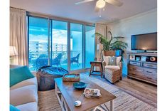 Waterscape 1 BR / 2 BA condominium in Fort Walton Beach, Sleeps 4 - Okaloosa Island Beach Vacation Rentals, Florida Vacation, Florida Beaches, Beach Resorts, Fort Walton Beach Florida, Rental Apartments, Ideal Home, Condo, 1