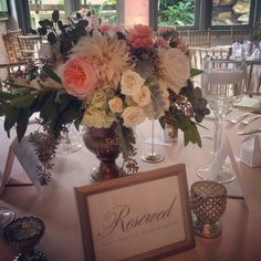 Flora Fetish - Floral Design  #villaantonia #austintexasweddingvenue #austintexasflorist