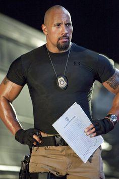 mmmmm.... Dwayne Johnson! THE ROCK!! that is one fine fine fine man right there..