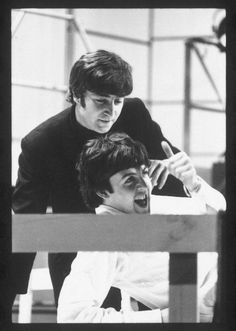 """reluctant-martyrs:"""" John Lennon and Paul McCartney during rehearsals for a special """"Around the Beatles"""" episode for the pop TV show """"Ready, Steady, Go"""", c. Beatles Love, Les Beatles, Beatles Photos, Beatles Band, Sir Paul, John Paul, Paul Wesley, Ringo Starr, George Harrison"""