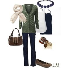 Such a lovely cardigan. An overall wonderful autumn outfit.
