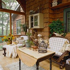 Love this country porch...