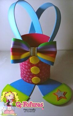 Cute you could create this out of foam. Check out educator resources section of the store for reuse foam. Carnival Birthday Parties, Circus Birthday, Circus Theme, Circus Party, Craft Activities, Preschool Crafts, Easter Crafts, Clown Party, Foam Crafts