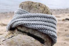 Treble Clef, Industrial Chic, Beetles, Graffiti Art, Knitted Hats, Swarovski, Charms, Crochet Patterns, Winter Hats