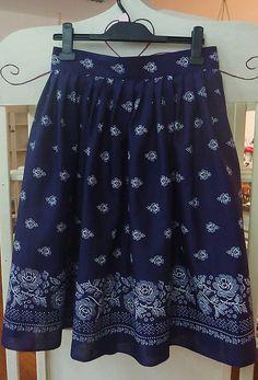 krasavrukach / Dámska skladaná sukňa - modrá. Folk, Skirts, Fashion, Moda, Popular, Fashion Styles, Forks, Skirt