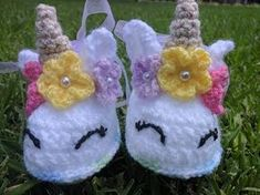New ideas crochet gorros unicornio Crochet Baby Sandals, Booties Crochet, Baby Girl Crochet, Crochet Baby Clothes, Crochet Shoes, Crochet Slippers, Crochet For Kids, Baby Booties, Easy Crochet