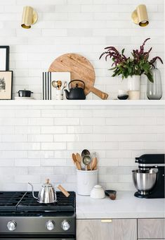 Modern Kitchen Interior White Texture Subway Brick Kitchen - See how we made this small kitchen feel spacious! Sage Kitchen, New Kitchen, Kitchen White, Kitchen Backsplash, Natural Kitchen, Kitchen Reno, Kitchen Cabinets, Kitchen Brick, Basic Kitchen