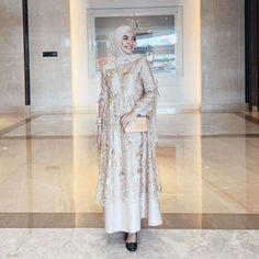 Happy weekend all♥️ . Dress by Dress Brokat Muslim, Dress Brokat Modern, Kebaya Modern Dress, Kebaya Dress, Dress Pesta, Muslim Dress, Kebaya Muslim, Dress Brukat, Hijab Dress Party