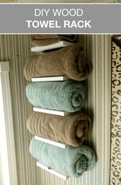 Free Furniture Plans to Build a Wood Towel Rack When storage space is at a minimum and you don't have a linen closet, where do you store clean towels? These free furniture plans to build a Wo… Bathroom Towel Storage, Towel Shelf, Bathroom Towels, Bathroom Shelves, Bathroom Closet, Small Bathroom, Bathroom Ideas, Bath Towels, Downstairs Bathroom