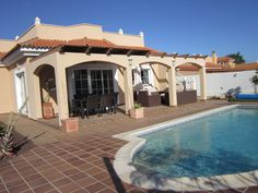 Villa La Casuca £153 each also on owners direct(53104) on golf course 1 ensuite/1 family bathroom
