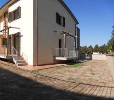 Vendita villa bifamiliare nuova costruzione a San Giuliano Terme, zona Pontasserchio. Per info e appuntamenti Diego 050/771080 - 348/3259137