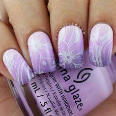 Nail Art - Floural, lavendar