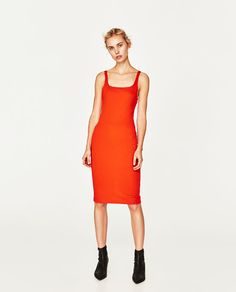 ZARA - WOMAN - STRAPPY DRESS $19.90 Comes in Floral Print Sleeveless midi dress with square neckline and slit in the back along the hem. Made of a stretch fabric.