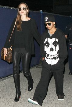 Angelina Jolie Rocks Tight Black Leather Pants at Airport With Maddox Angelina Jolie Style, Brad Pitt And Angelina Jolie, Jolie Pitt, Black Leather Pants, Hollywood, Celebrity Style, Celebrity Kids, Star Fashion, Stylish Outfits