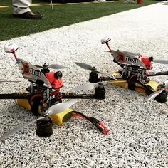 Racing drone - Get your first quadcopter today. TOP Rated Quadcopters has the… Drone Model, Drone Technology, Technology Gadgets, Rc Remote, Flying Drones, Drone For Sale, Rc Helicopter, Drone Quadcopter, Radio Control