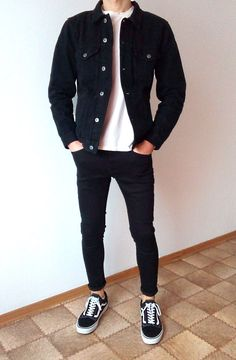 vans old skool black skinny jeans boys guys outfit vans old skool black skinny jeans jungs jungs out Skinny Jeans Jungs, Mode Streetwear, Streetwear Fashion, Vans Old Skool Schwarz, Mode Man, Stylish Mens Outfits, Stylish Boys, Herren Outfit, Black Skinnies