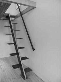 attic stairs (Loft House / Ryan Stephenson, Joey Fante, Kait Caldwell, Aimee O'Carroll) Casa Loft, Loft House, House Stairs, Tiny House, House Built, Attic Stairs, Basement Stairs, Space Saving Staircase, Escalier Design