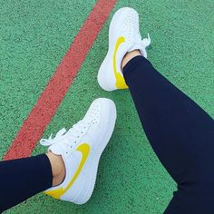 Nike Air Force 1 in white and yellow. Nike Air Force 1 Outfit, Nike Force 1, Nike Shoes Air Force, Nike Air Force Ones, Yellow Nikes, White Nikes, Shoes Trainers Nike, Yellow Trainers, Air Force Women