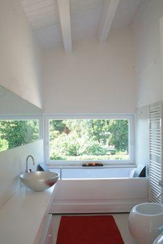 Casa unifamiliare, Cavallino-Treporti, 2012  #architecture #design #bathroom