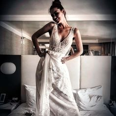 I am sexy and I know it - Boho chic wedding gown by FLORA