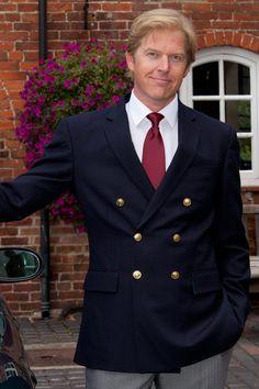 Mens Fashion Suits, Fashion Outfits, Mens Kurta Designs, Gentleman's Wardrobe, Navy Blue Blazer, Double Breasted Jacket, Blazers For Men, Gentleman Style, Men Looks