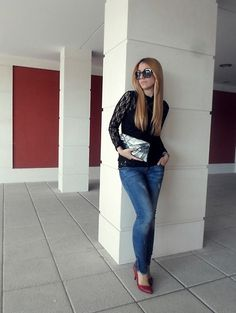 Embellished Black (by Patricia Ayuso) http://lookbook.nu/look/4737633